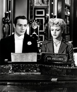 grayAngela-Lansbury-with-Hurd-Hatfield-in-The-Picture-of-Dorian-Gray-1945-250x300