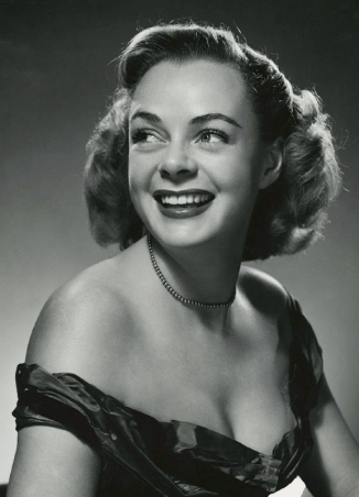 She Wolf of London June Lockhart