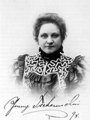 Jenny Tschernichin Larsson
