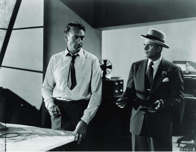 still-of-gary-cooper-in-the-fountainhead-(1949)-large-picture